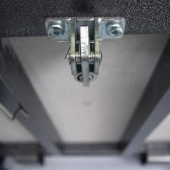Люк напольный Практика Портал 80-80 с газовыми пружинами
